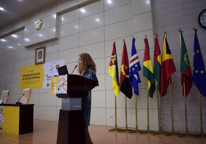 Conferência Organização e Gestão da Justiça Criminal - 28 de setembro 2017, PGR - Maputo | Maria Teresa Santos, coordenadora PACED