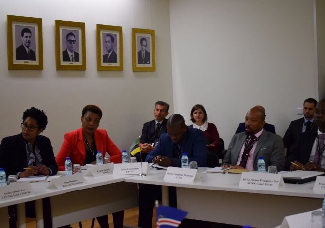 Fórum de reflexão, partilha e criação de redes colaborativas entre técnicos das Unidade de Informação Financeira - 25 a 27 de outubro 2017 - Edifício-Sede da Polícia Judiciária, Lisboa