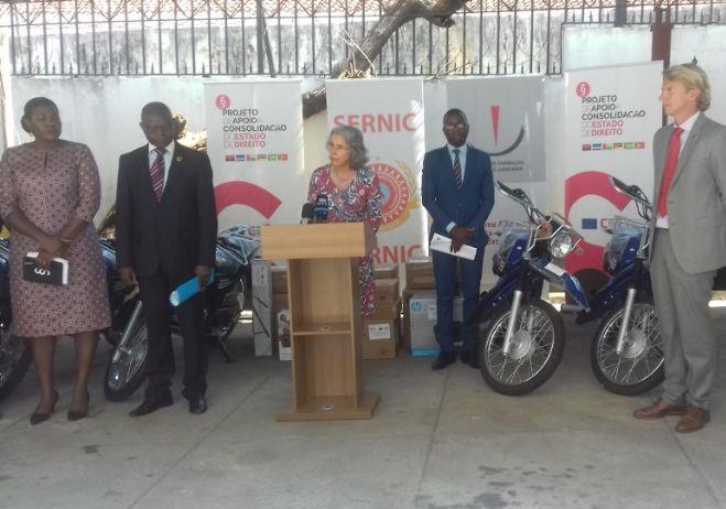 Cerimónia de entrega de cinco motorizadas ao Serviço Nacional de Investigação Criminal (SERNIC) da República de Moçambique, 30 de agosto de 2019.