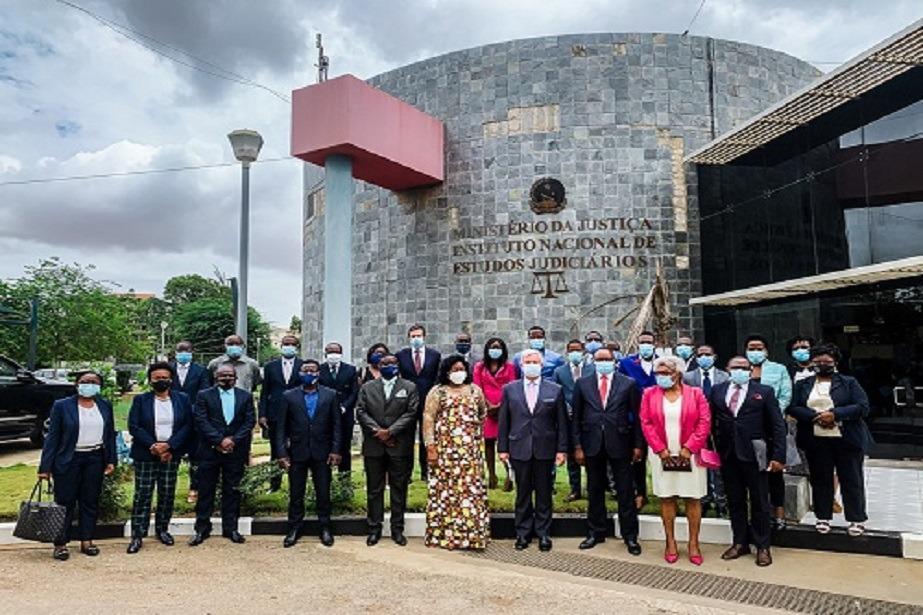 Técnicos e Oficiais de Justiça de Angola concluem primeira fase de capacitação