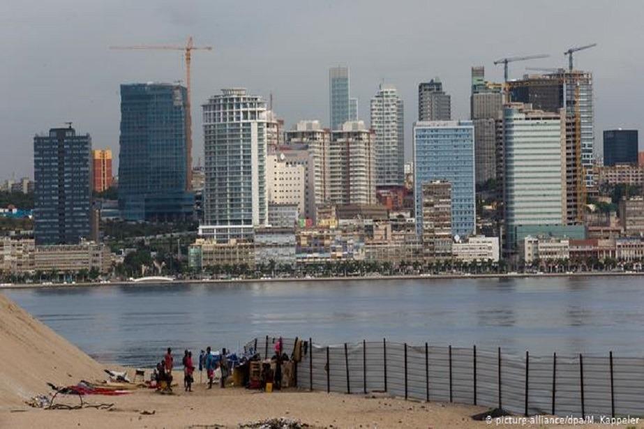 Angola: PGR apreende três prédios em Luanda