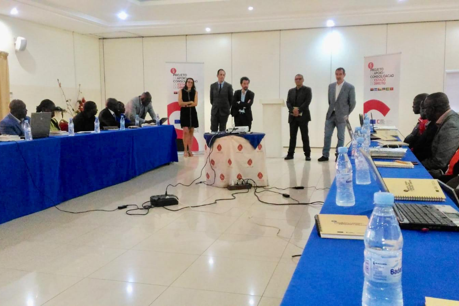 União Europeia e Camões, I.P. formam novos especialistas guineenses para combate à corrupção, branqueamento de capitais e tráfico de drogas