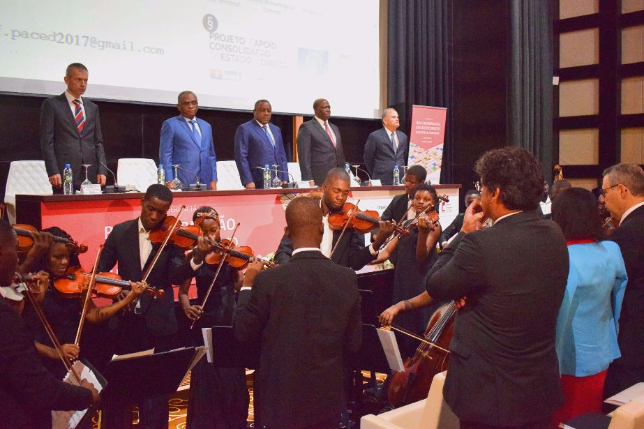Conferência internacional sobre boa governação, Estado de direito e políticas criminais reuniu, em Luanda, mais de 300 participantes