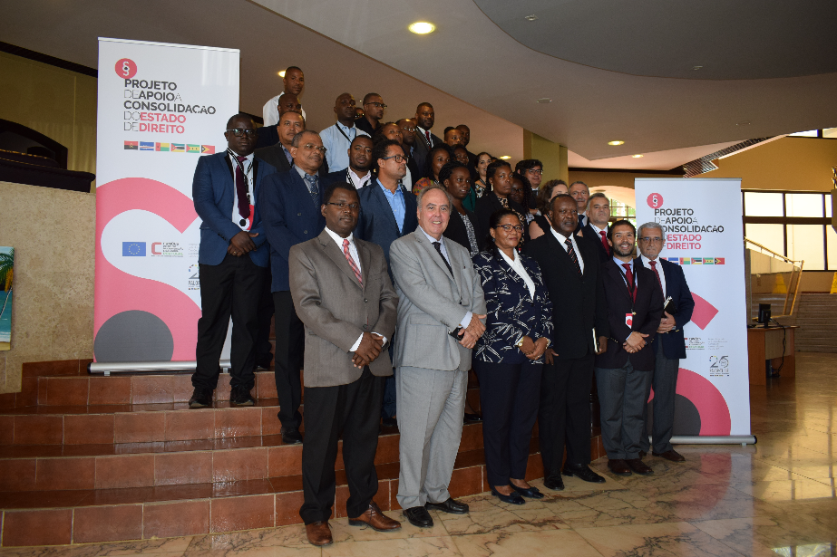 Ação de formação reforça combate à corrupção, branqueamento e tráfico de estupefacientes em São Tomé e Príncipe