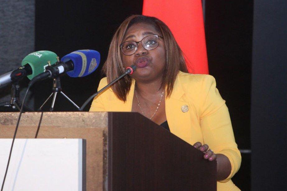 Angola recupera mais de três mil milhões de euros