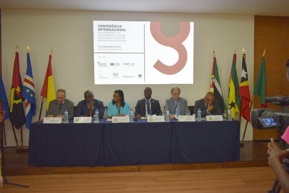 Conferência Internacional sobre branqueamento de capitais reúne atores judiciais em São Tomé e Príncipe