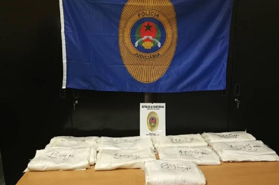 PJ da Guiné-Bissau apreende quase 10 quilos de cocaína em voo proveniente de Lisboa