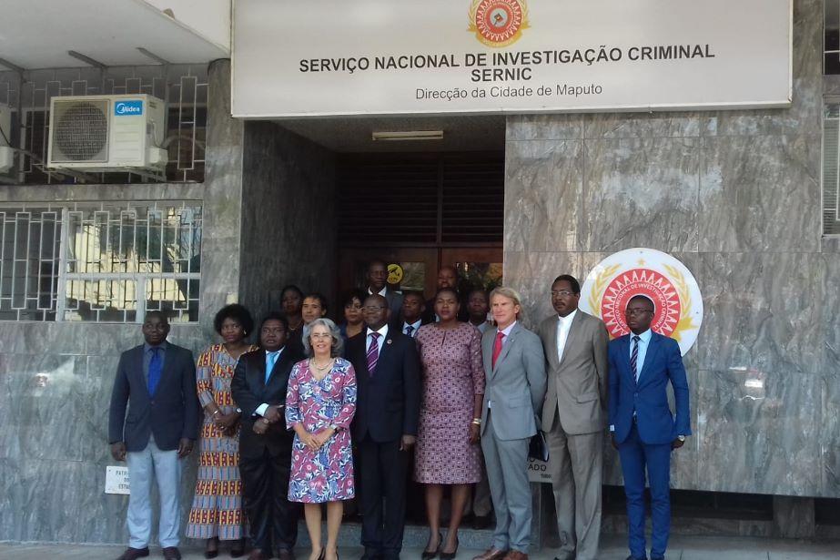União Europeia e Camões, I. P. reforçam logística do SERNIC e do CFJJ da República de Moçambique