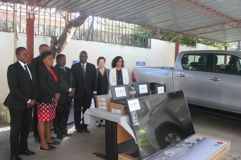 Moçambique: cerimónia de entrega de equipamentos ao SERNIC