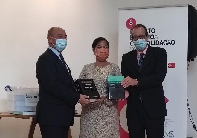 Cerimónia de entrega de bibliotecas jurídicas às instituições parceiras do PACED em Timor-Leste